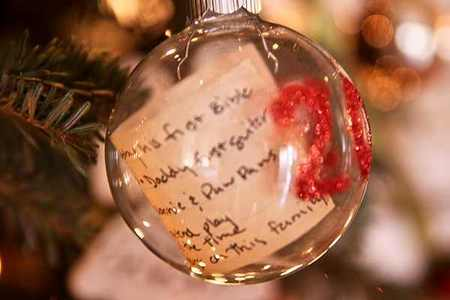 DIY Christmas list ornament