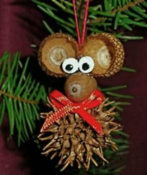 DIY Christmas mouse ornament
