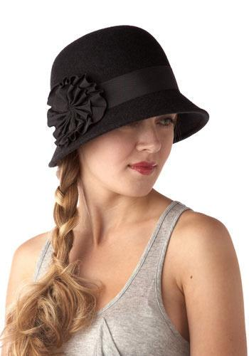 ModCloth Retro Cloche Hat