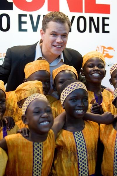 Matt Damon helps the children