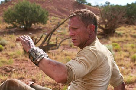 Daniel Craig getting dirty in Cowboys and Aliens