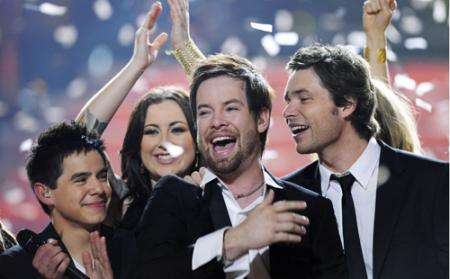 Cook wins Season Seven of American Idol