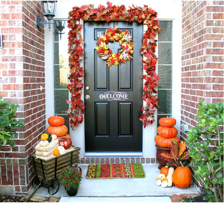 Fall front door by DecorChick.com