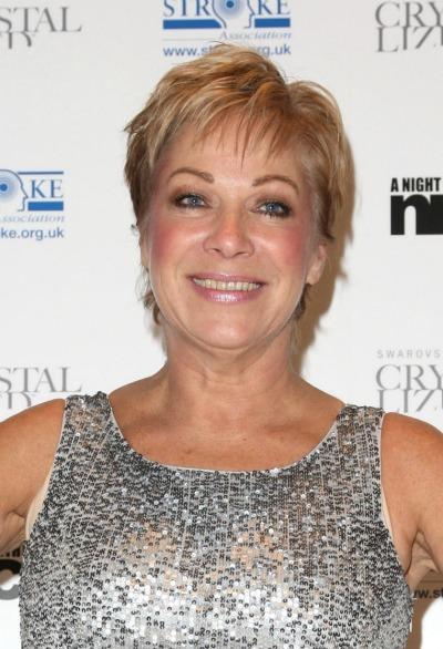 Denise Welch's short, piecey cut