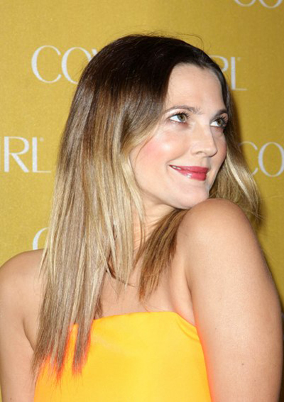 Drew Barrymore's straight, sexy hairstyle
