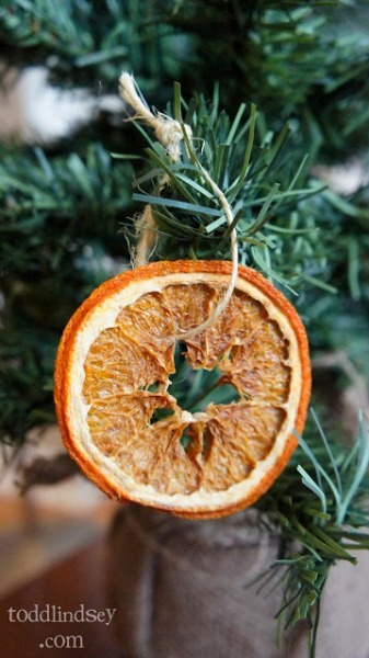 DIY dried orange ornaments