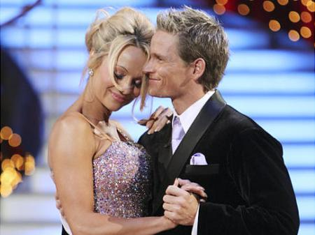 Pamela Anderson voted off of DWTS