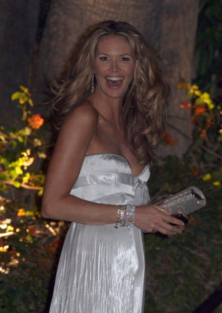 Elle Macpherson at the 2009 Oscars
