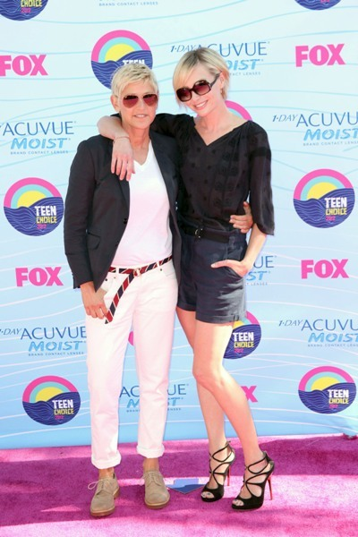 Ellen DeGeneres and Portia de Rossi at the 2012 Teen Choice Awards