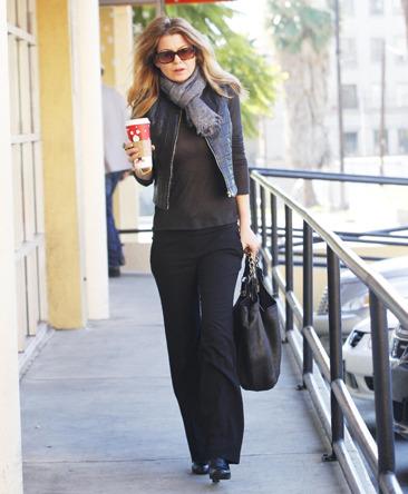 Ellen Pompeo runs errands in Beverly Hills
