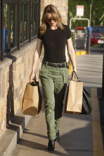 Ellen Pompeo looking chic while shopping in Loz Feliz
