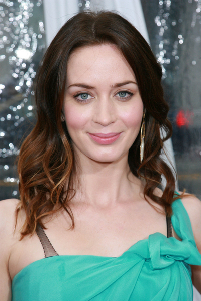 Emily Blunt's wavy, ombre-colored hairstyle