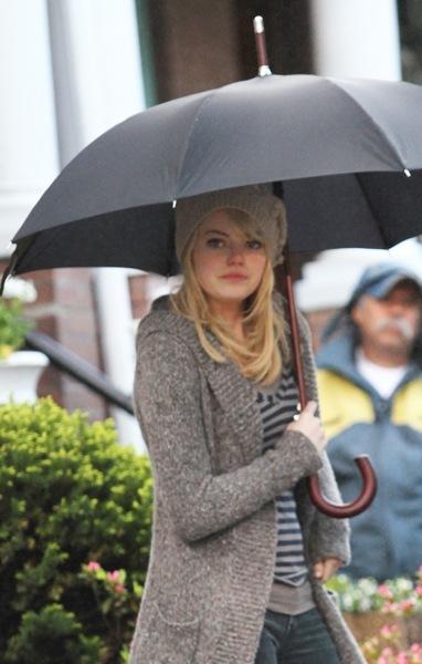 Emma Stone with an umbrella