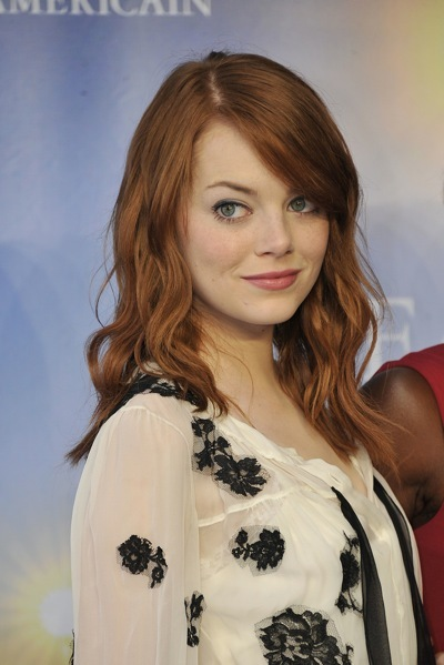 Emma Stone in loose waves
