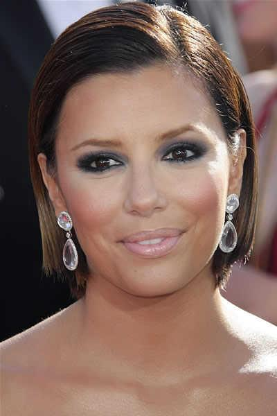 Eva Longoria's Sleek Short Brunette Hairstyle