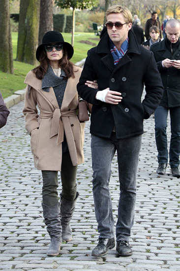 Eva Mendes and Ryan Gosling in Paris