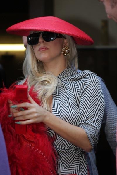 Lady Gaga in a hat