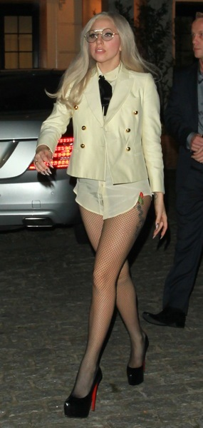 Lady Gaga in mini shorts