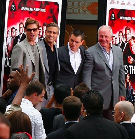 George Clooney and Brad Pitt at Grauman&#039;s Chinese Theatre