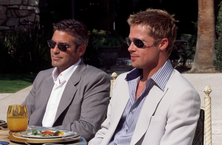 George Clooney and Brad Pitt in an Ocean's Thirteen scene