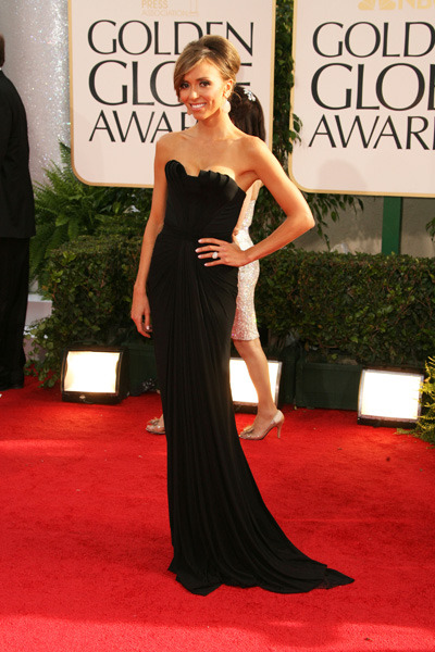 Giuliana looks sleek in a black gown