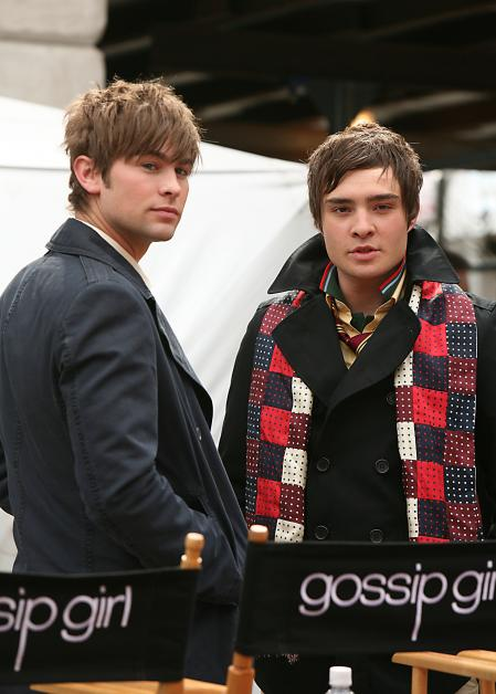Ed Westwick and Chase Crawford on Gossip Girls set
