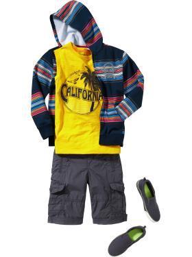Graphic hoodie & cuffed cargo shorts