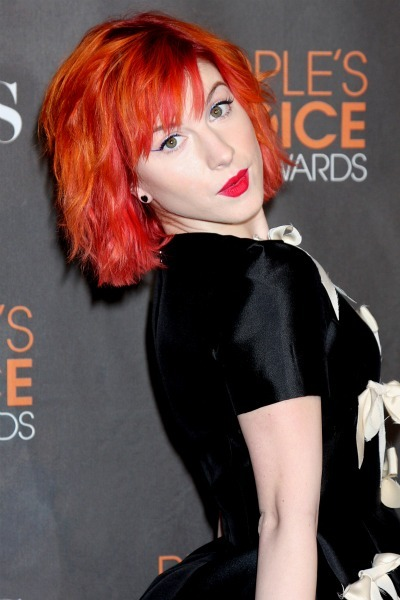 Hayley Williams' shoulder length shocker