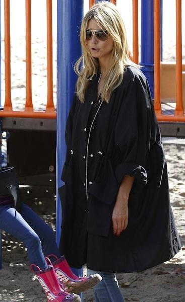 Baggy black jacket