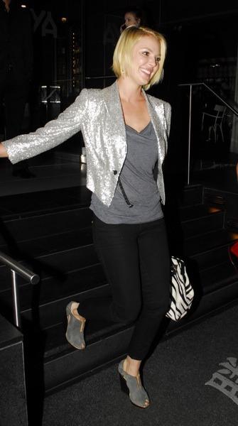 Katherine Heigl in tuxedo jacket