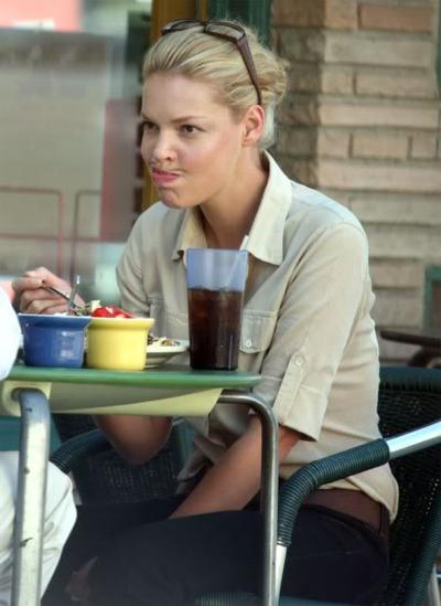 Katherine Heigl Caught Making a Hilarious Face