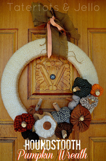 Houndstooth pumpkin wreath