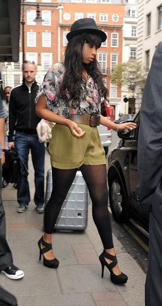 Jennifer Hudson in tights