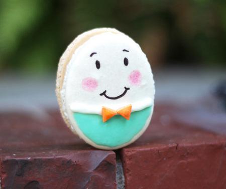 Humpty Dumpty macarons