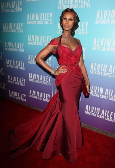 Iman looks red hot on the red carpet