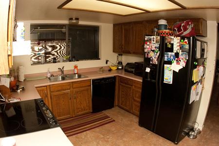 Norton's kitchen before the renovation