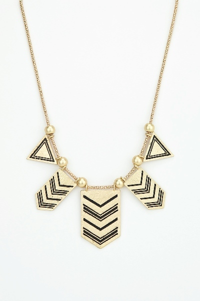 Native arrow necklace