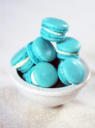 Itty bitty blue macarons
