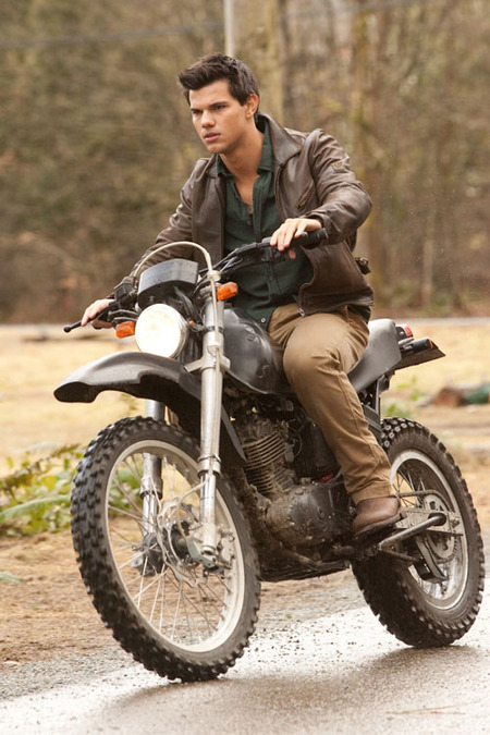 Breaking Dawn: Jacob on his bike
