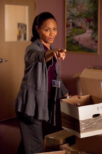 Dr. Christina Hawthorne (Jada Pinkett Smith), HawthoRNe