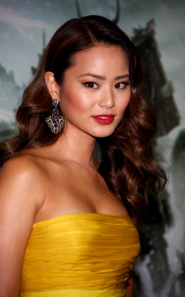 Jamie Chung's long, curly hairstyle