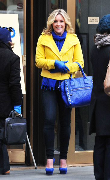 "Jane Krakowski films a scene for ""30 Rock"" in NYC"