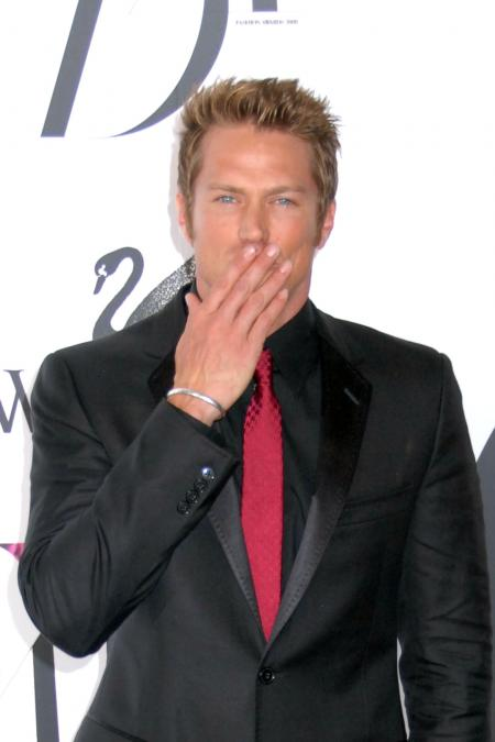 Jason Lewis CFDA fashion awards