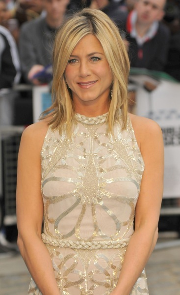 Jennifer Aniston with a side part