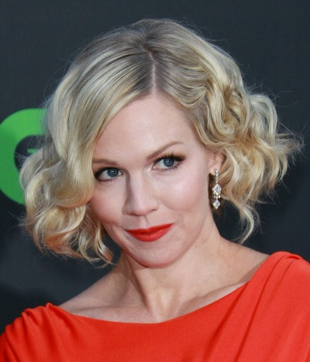 Jennie Garth's Retro Bob