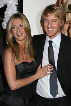 "Jennifer Aniston and Owen Wilson at the ""Marley & Me"" premiere."