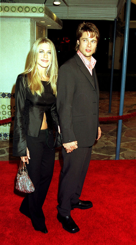 Jennifer Aniston & Brad Pitt (1999)
