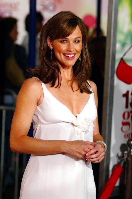 Jennifer Garner at the premiere of 13 Going on 30