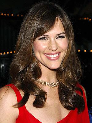 Jennifer Garner in red