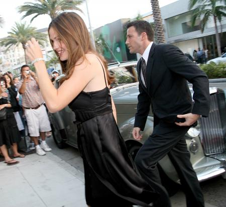Jennifer Garner and Ben Affleck at the premiere of Hollywoodland